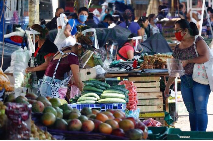 Comerciantes de la Central refuerzan medidas sanitarias