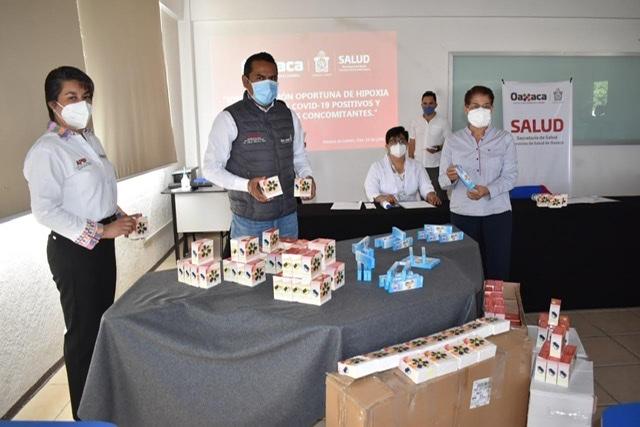 Entrega SSO oxímetros para monitorear a pacientes Covid