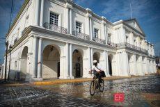 Cierran el primer cuadro de la ciudad en Tehuantepec