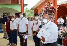 Entrega Gobierno del Estado, a través del IEEPO, mobiliarioy equipo a 62 escuelas en la Costa