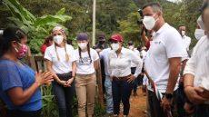Continúa Alejandro Murat recorrido en comunidades afectadas por sismo