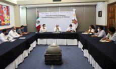 Evalúan IEEPO y Comisionado en Pochutla censo de viviendas y escuelas dañadas por sismo