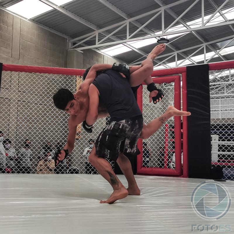 Con gimnasio, fomentarán el boxeo y artes marciales mixtas en Tlacolula de Matamoros